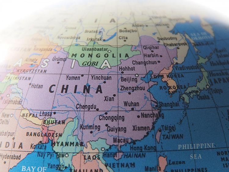 台湾繁体字と中国簡体字に単語の違いと文体・ニュアンスの違いがある。